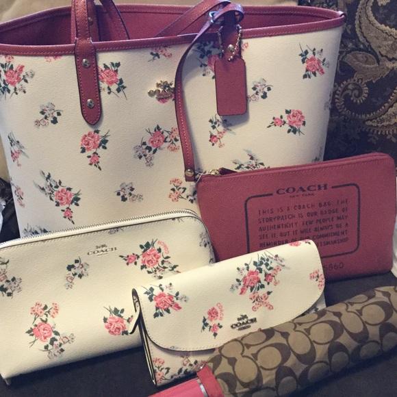 Coach Handbags - Coach Matching Lot